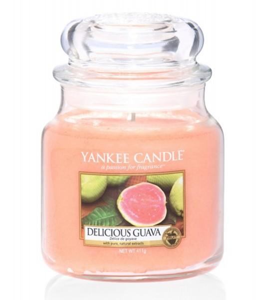 Yankee Candle Duftkerze «Delicious Guava» mittel