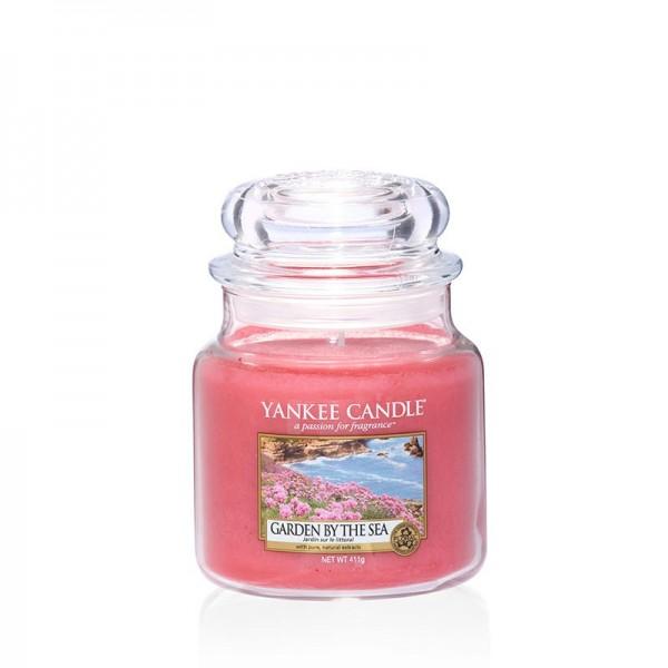 Yankee Candle Duftkerze «Garden by the Sea» mittel (medium Jar 411g)
